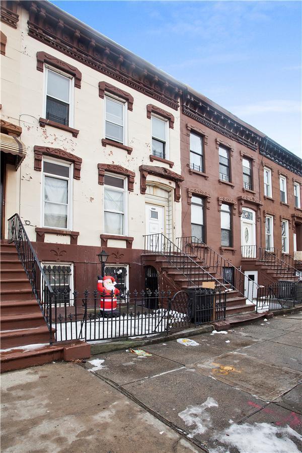 Townhouse | 440 Lexington Avenue, New York, NY 1