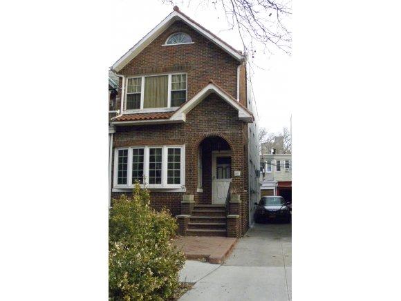 House | 63 Lefferts Avenue, New York, NY 1