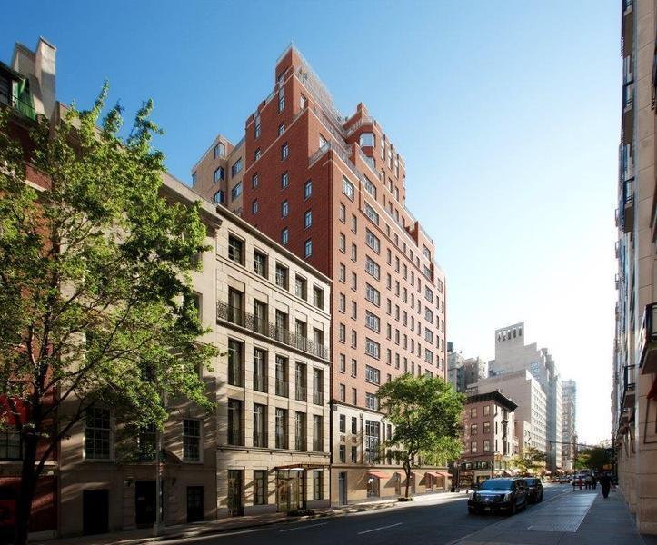 Carlton House At 21 East 61st St In Lenox Hill Sales