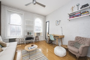 41 Perry Street #5D