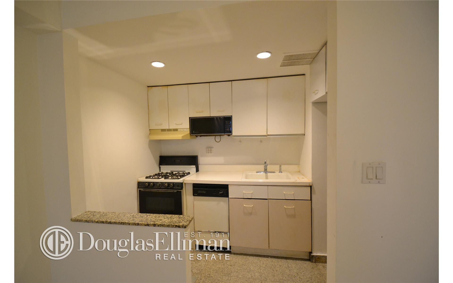 Streeteasy 210 east 47th street in turtle bay 2c sales for Model apartment geffen