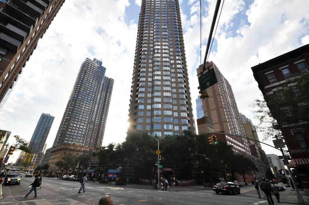 the strand at 500 west 43rd st in hell 39 s kitchen sales rentals floorplans streeteasy. Black Bedroom Furniture Sets. Home Design Ideas