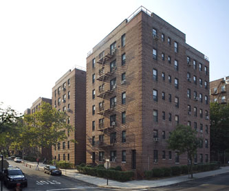 The California At 64 20 Saunders St In Rego Park Sales