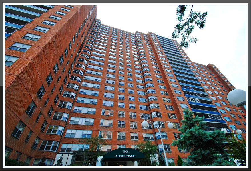 Gerard Towers At 70 25 Yellowstone Blvd In Forest Hills