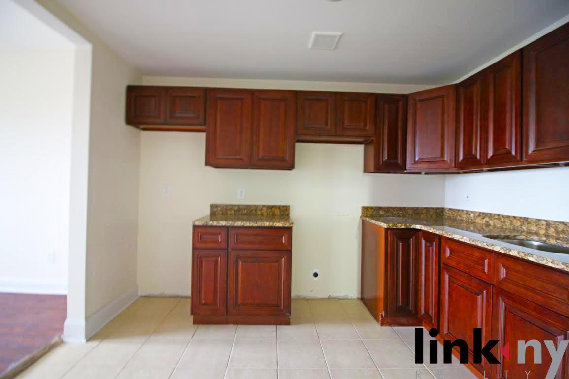 Streeteasy 3066 Buhre Avenue In Pelham Bay 2a Sales