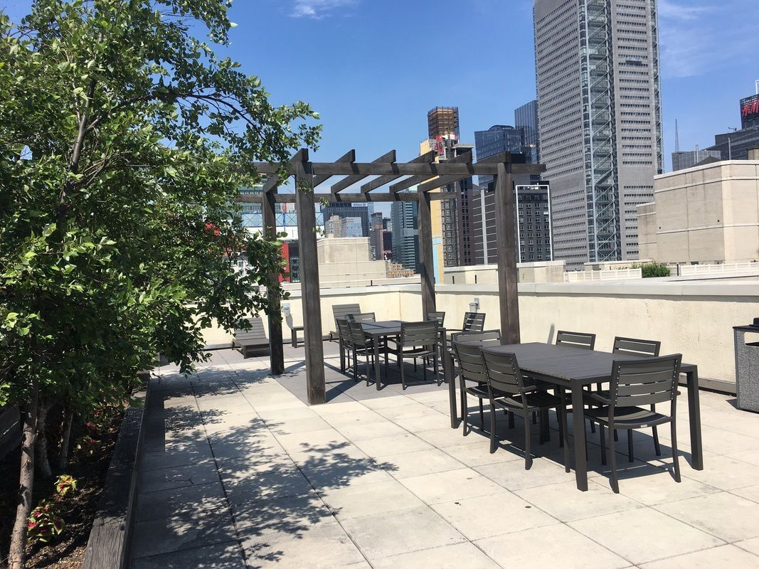 Streeteasy Townsend At 350 West 37th Street In Hudson