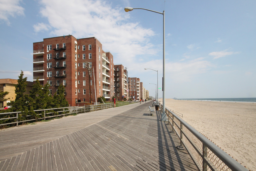 125 Beach 124th St In Rockaway All Sales Rentals