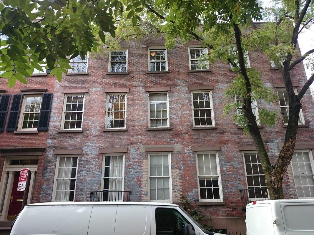 282 west 4 street in west village manhattan naked for Manhattan west village apartments
